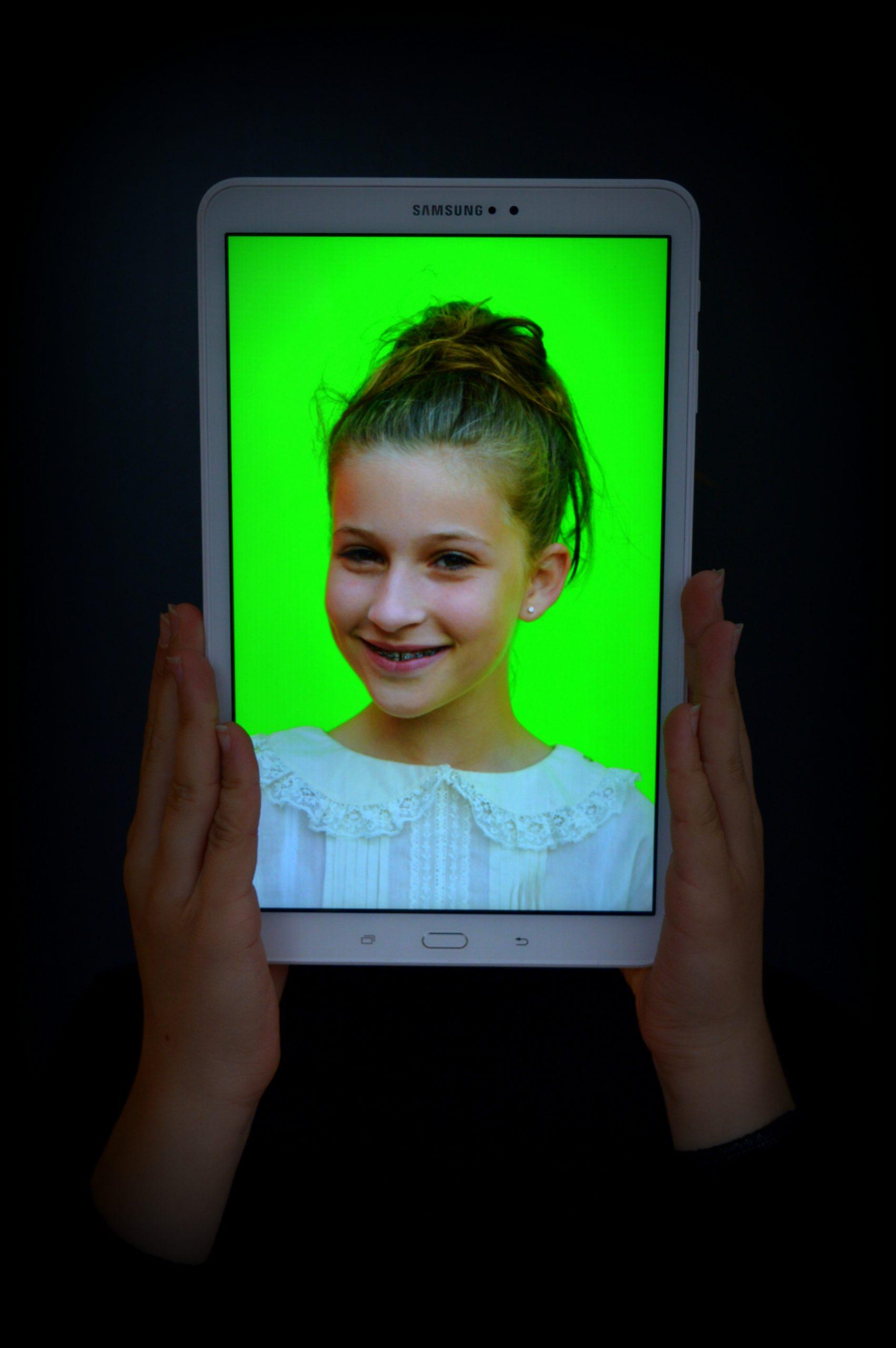 Robyn van Schaik - WEB